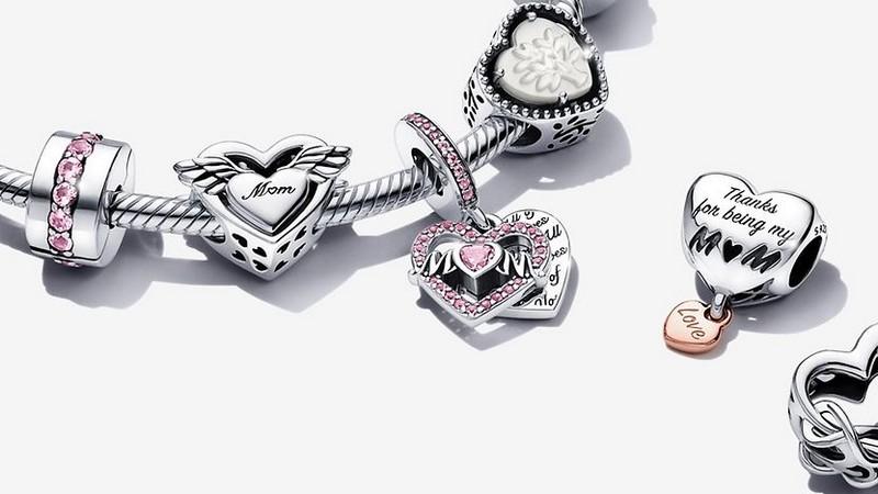 Offre Fête des Mères Pandora : -30% dès 3 bijoux achetés
