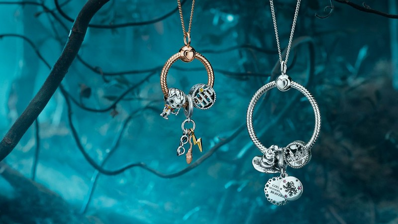 La collection Harry Potter x Pandora : bijoux et charms pour moldus