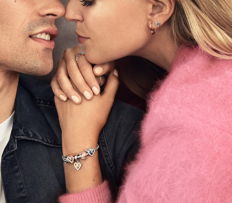Saint Valentin Pandora : 2 bijoux achetés, le 3ème offert