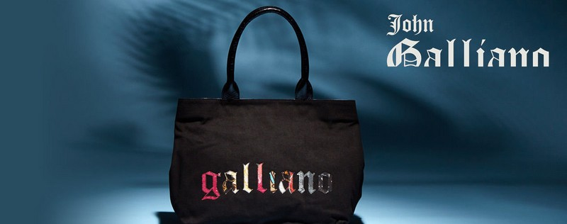 Vente privée de sacs John Galliano