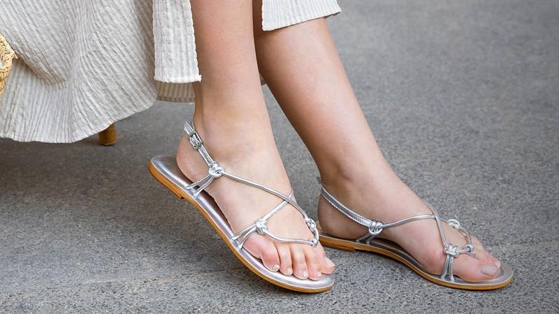 L'été est à nos pieds avec les sandales Les Bagatelles en vente privée